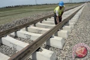 Wali Kota Sorong bertekad bantu percepat kereta api Papua Barat