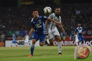 Surabaya United taklukkan Persib 1-0