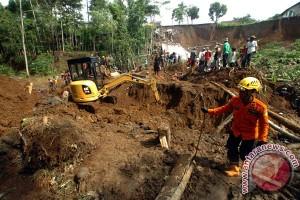 Dua orang tewas akibat longsor di Pematangsiantar