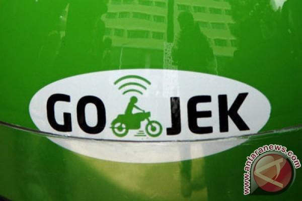 Ratusan Pengemudi Go Jek Unjuk Rasa Di Depan Balai Kota Dki Jakarta