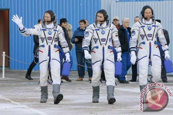Otot tulang belakang astronaut susut setelah berbulan-bulan di antariksa