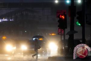 Jakarta diprediksi hujan ringan, Depok-Tangerang hujan deras
