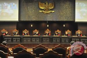 Permohonan uji materi UU Peradilan Militer dinyatakan gugur