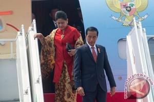 Jokowi tiba lagi di Jakarta setelah empat hari di Papua