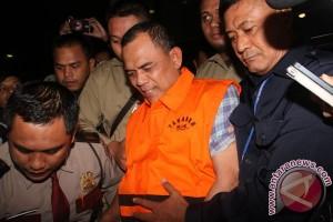 KPK tahan tiga tersangka suap DPRD Banten