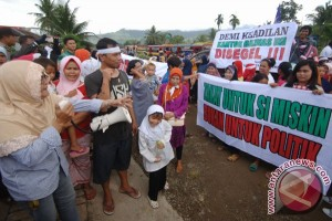 Warga Protes Baznas
