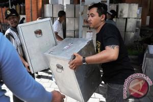 Distribusi Logistik Pilkada Bali