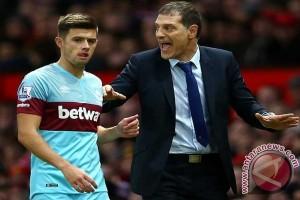 West Ham masukkan Randolph untuk gantikan Adrian