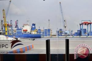 Neraca perdagangan surplus 1,14 miliar dolar AS