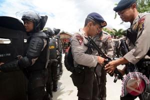 Teroris tewas di Poso bukan Santoso