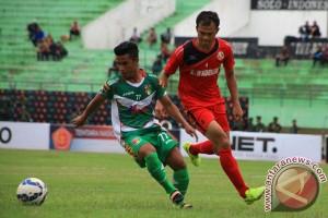 Semen Padang kalahkan Mitra Kukar 2-1