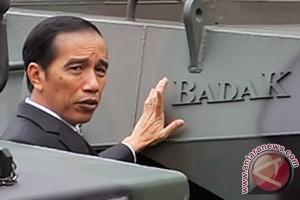 Sesampainya di Yogya, Presiden langsung ke Borobudur