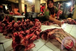 Harga daging sapi dan ayam kembali normal