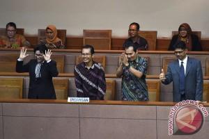 Pimpinan baru KPK harus prioritaskan penegak hukum korup