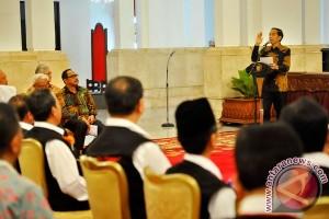 Jokowi bangga kepada SMP-nya