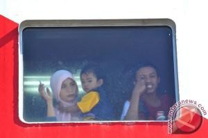 115 guru berangkat ke Malaysia ajar anak TKI
