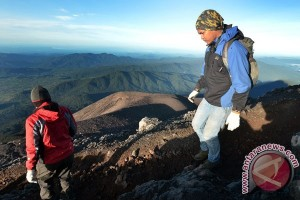 Jalur pendakian Gunung Kerinci kembali dibuka