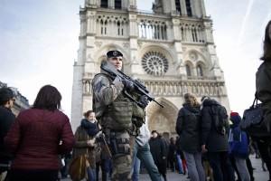"""Insiden di Notre Dame Prancis merupakan """"serangan tunggal"""""""