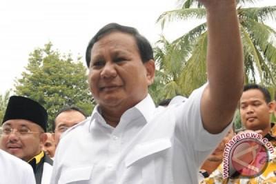 Prabowo Subianto tiba di Puri Cikeas