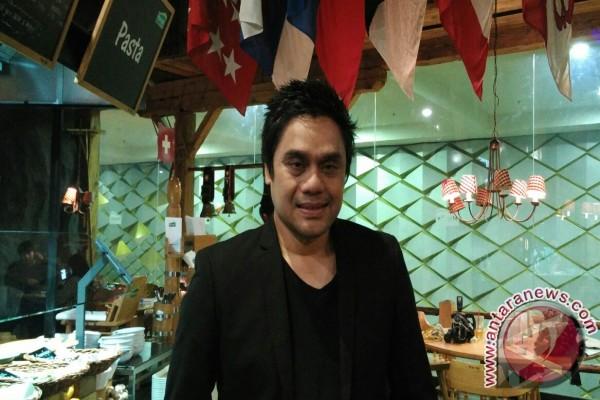 Dwiki Dharmawan pukau pecinta jazz di London