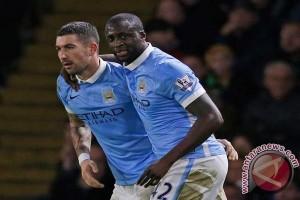 Kolarov ingin ke Roma, Manchester City krisis bek sayap