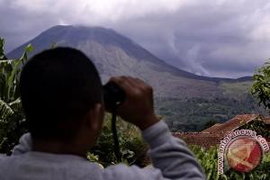 Gempa letusan Bromo dirasakan dalam radius tiga kilometer
