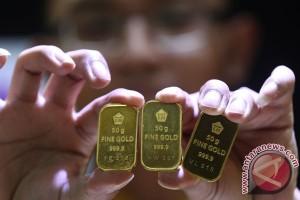 Emas naik didukung dolar AS yang melemah