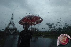BMKG perkirakan hujan guyur sebagian Jabodetabek Kamis