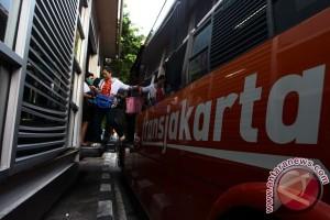 DKI hancurkan 180 bus TransJakarta rusak
