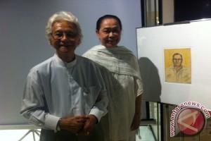 Bidadari di samping pelukis Srihadi Soedarsono