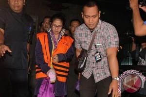 KPK geledah tiga lokasi terkait kasus Damayanti