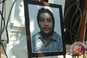 Jenazah putra Menteri Susi dimakamkan Minggu