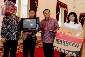 """Ini yang diminta Kusrin """"si perakit televisi"""" dari Jokowi"""