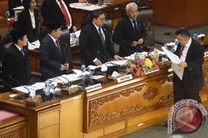 Persetujuan Calon Anggota KY