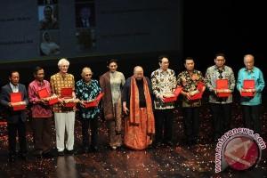 Jaya Suprana ingin Jokowi jadi teladan keberagaman