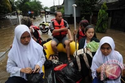 Banjir Perumahan Bukit Cengkeh Depok