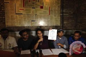"""Pembuat film """"Surat dari Praha"""" somasi balik Yusri Fajar"""
