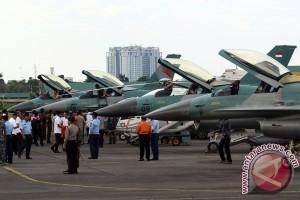 Latihan Pesawat Tempur TNI AU