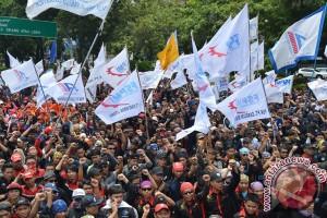 Besok, buruh masuki Jakarta dari empat penjuru