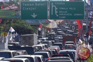Libur Imlek membuat lintas Bandung-Garut padat