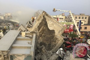 Kereta cepat Taiwan beroperasi lagi setelah gempa