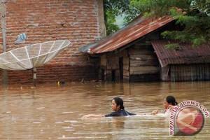 Korban banjir Kabupaten Limapuluh Kota butuh pertolongan medis