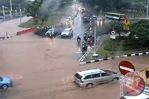 BENCANA BANJIR - Berikut sejumlah genangan di Jakarta usai hujan deras