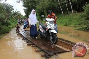 Banjir di Riau renggut dua korban jiwa
