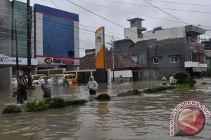 BENCANA BANJIR - Pusat perekonomian Pangkalpinang lumpuh total