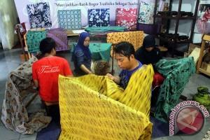Darmin : pengusaha kecil dilindungi dari kepemilikan asing