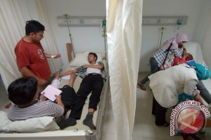 Mahasiswi korban kecelakaan bus kampus Unand masih kritis