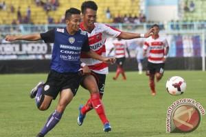 Madura United permalukan Mitra Kukar 3-0