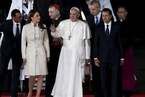 Paus Fransiskus pilih