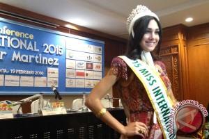 Transformasi si tomboi jadi Miss International 2015